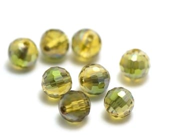 """20/60 green """"faceted"""" 8 mm round, iridescent green Crystal beads"""