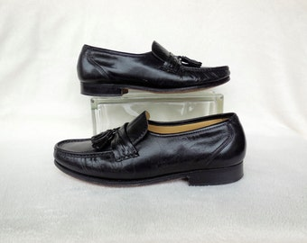 Mens BLACK LOAFERS/Black Leather Loafers/Mens Loafers/Slip On Shoes/Penny Loafer/Tassels/HANOVER/Casual Shoes/60s Vintage Shoes/Size 10.5