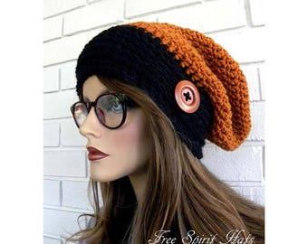 Orange et noir Tuque, Hippie Style Beanie, automne chapeau, octobre tendances, chapeau avec bouton, fait à la main, accessoire de femmes, cadeau ADO fille