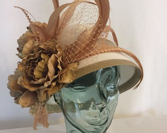 White And Tan Cloche Derby Hat