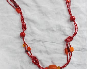"Necklace ""Knots"" in red Orange and yellow"