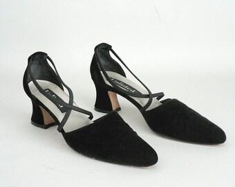 Womens Black Velvet Pumps Size 9
