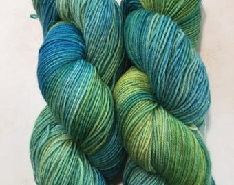 Hand dyed yarn.sw wool-Nylon 75%25 TEBE