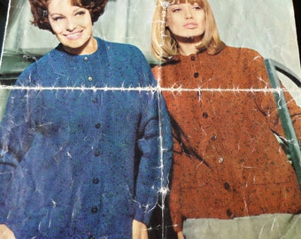 """Knitting Pattern Women Girls Round Neck Cardigan DK 34-44"""" Vintage"""