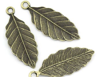 bronze size 31.5 mm x 12.5 mm by 1 pieces or 10 pieces leaf charms