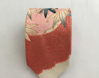 Japanese Kimonos Silk Necktie for Men - Mens Tie - Red Necktie Made in Japan - Birthday Gift Men - Nice Tie - Men's Gift -