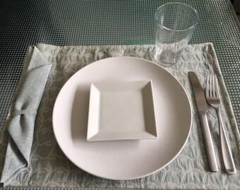 Linen dinner set