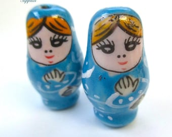 1 Pair Matryoshka Beads CHOOSE Blue Red Pink, 26mm Russian Mama Doll Beads, Hand Painted Ceramic, Gift for Mom DIY Mothers Day Jewelry SP804