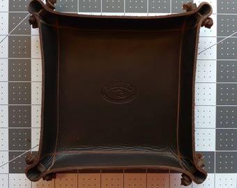 LEATHER Valet tray(ready to ship),Dresser caddy, Dresser valet. car keys. phone base,pocket change tray. Groomsman gift, graduation gift