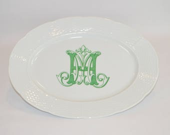 "Lauryn 14"" Oval Platter (shown with image #i119 - custom monogram in green )"