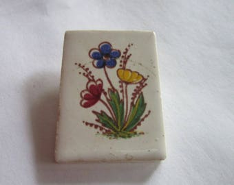 Vintage Painting on Pottery Brooch Flowers