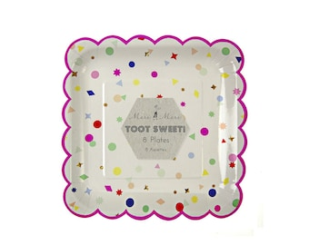Toot Sweet Charms Large Paper Plates, Party Supplies, Tableware
