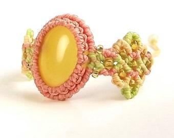 Pastel Macrame Bracelet, Yellow Chalcedony Bracelet, Boho Bracelet
