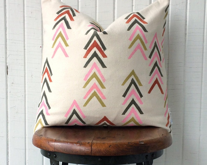 Organic cotton canvas chevron pillow geometric throw pillow modern style pillow warm colours eco-friendly handprinted accent pillow decor