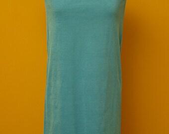 Vintage 1960's Sleeveless Crimplene Dress in Aqua Size Small/Medium