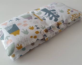 Diaper pouch with wipes washable and changing cotton rug style Scandinavian cabins and polka dot patterns