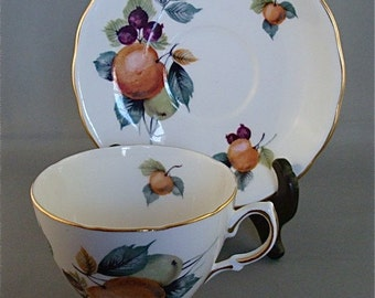 Vintage Royale Vale Bone China Tea Cup and Saucer