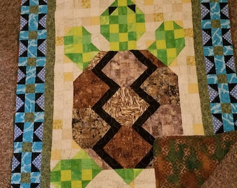 Turtle crib quilt 39in x 48in