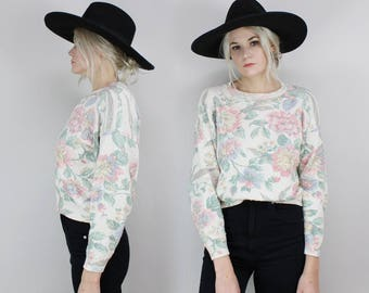 90s Pastel Floral Sweater, Size Medium, White, Pink, 80s, Rose Print, Oversized Small, Grunge, Minimal, Pretty