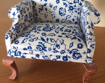 Miniature Lawson Club Chair