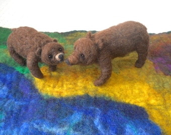 Needle felted bear and cub, Mother bear and cub, brown bear, hand felted bear, Waldorf animal play, play mat, nature table nursery school