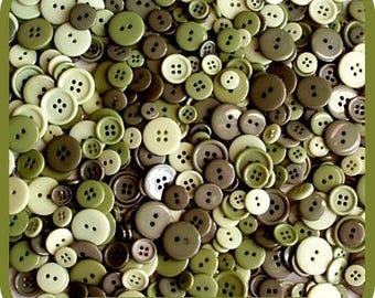 LOT 45 BUTTONS PLASTIC GREEN KHAKI SCRAPBOOKING SCRAP SEWING