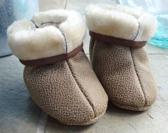 SALE - PDF ePATTERN - Fur Lined Baby Boots Sewing Pattern