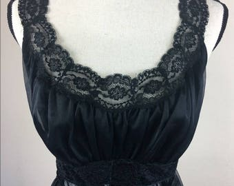 Vintage Vanity Fair Nightgown Matching Set