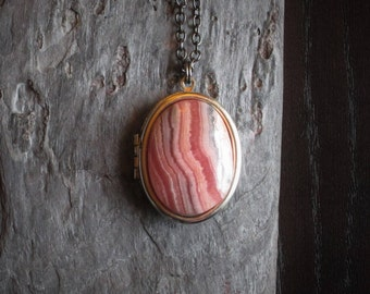 Rhodochrosite locket, pink gemstone locket, Rhodochrosite necklace, silver pink locket, Rhodochrosite jewelry, long necklace, gift ideas