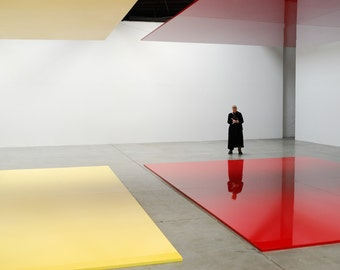 Gallery Visitor, Chelsea, New York City 2007