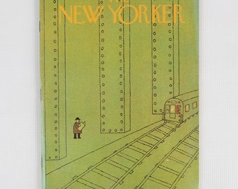The New Yorker Magazine, Entire Publication Nov 17, 1975. Mostly Avocado Green with Black, Subway Scene. Fair Condition.