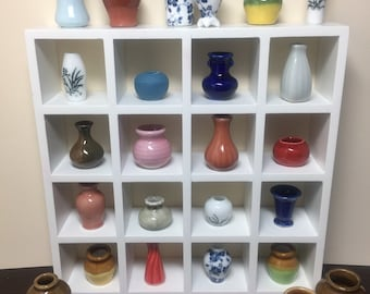 Miniature Dollhouse Vases/Urns/Pots (sold individually)