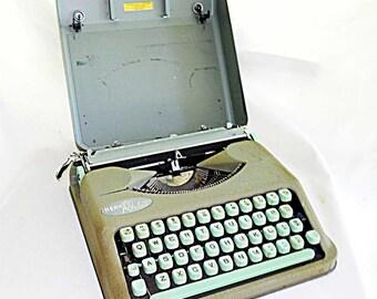 Vintage Antique Hermes Rocket Portable Manual Typewriter with Carrying Case Light Green 4 Row Keyboard Switzerland Paillard