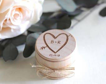 Engraved Wedding Ring Box, Wooden Ring Box, Ring Bearer Box, Engraved Wooden Box, Carved Heart Initials Ring Box with Burlap, Wedding Gift