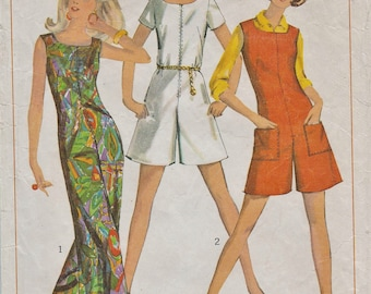 Simplicity 7000 / Vintage 60s Sewing Pattern / Jumpsuit Jumper Culottes / Size 12 Bust 32