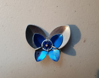 Chain maille brooch - scale maille brooch - Blue Butterfly