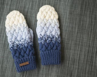 Hand knit winter mittens / Blue and white / Handmade mittens