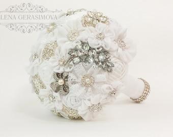 Brooch Bouquet, white Fabric Bouquet, Unique vintage Wedding Bridal Bouquet