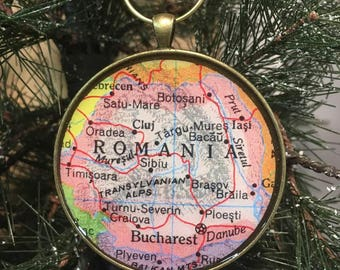 Romania Map Christmas Ornament, Keep a memory Alive , HONEYMOON Gift , Wedding Map Gift , Travel, Tree Ornament, coworker gift , custom gift