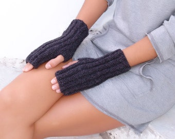 Gray ribbed knit fingerless gloves,  Mittens, Arm Wrist Warmers