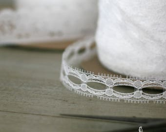 "3/4"" White Beading Lace Trim/Ribbon - DIY/Wedding/Shower/Bridesmaid/Gift packaging/Dream Catcher/Boho/Flower Girl"