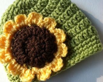 Sunflwer Baby Hat,  Crochet Hat with Flower, Apple Green Hat, Sunflower, Fall Baby Hat, Newborn Hat, Child Hat, Autumn Hat, Halloween