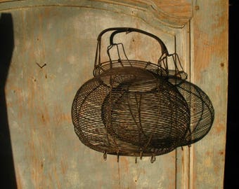 French round wire egg / salad basket   1940s