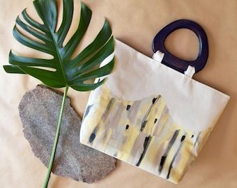 Unique hand printed market bag // oversized bag // beach bag // wooden handles // abstract print // screen print //