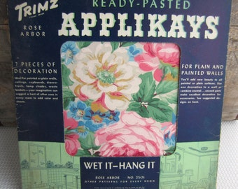 Vintage 1944 Applikays Rose Arbor Wall Decoration Ready Pasted Home Decor