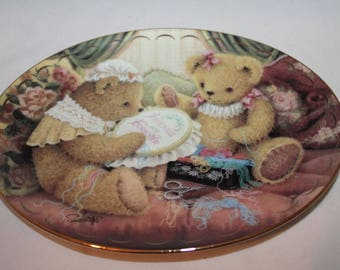 Friends are Fur-ever by Sue Willis Limited Edition Fine Porcelain Plate The Franklin Mint Heirloom Recommendation