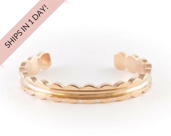 SCALLOPED Bracelet Cuff in ROSE GOLD, Stainless Steel or Brass, Bridesmaid Gift