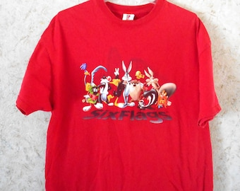 Vintage Six Flags Bugs Bunny Friends Red Crewneck Tee T Shirt Tourist Retro Hipster Tee Short Sleeves Cotton Cartoon Tee Mens XL