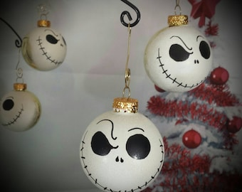 Nightmare before Christmas tree ornaments,hand painted ornament,4 glass Jack Skellington ornaments,white or white  & gold ornaments