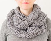 READY TO SHIP - Knitted Infinity Scarf, Chunky Knit Cowl, Winter Wool Neck Warmer